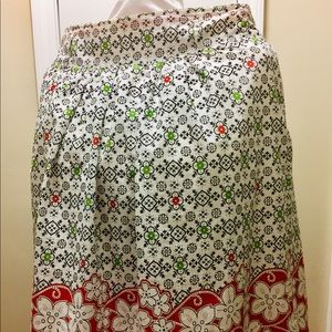 Fully lined multi colored  extra large skirt